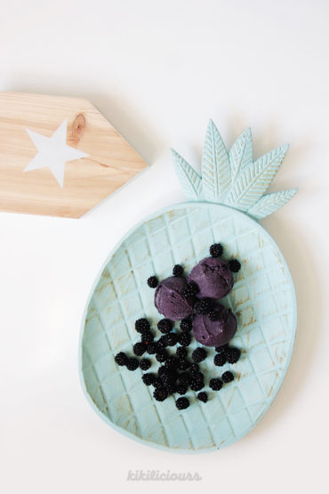 Homemade Artisanal Blackberry Ice Cream